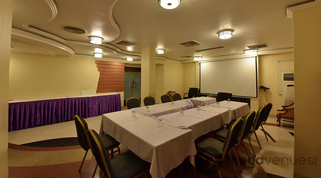 Conference-Hall-at-Epsilon-The-Hotel