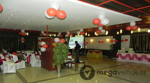 Birthday-Party-Venue-at-Pinewood-Hotel