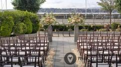 Courtyard-Wedding-at-Seattle-Marriott-Waterfront