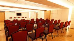 multi-purpose-conference-hall-at-mumbai-metro-the-executive-hotel