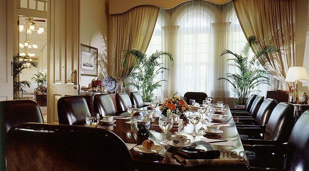 Boardroom-at-Raffles-Singapore.jpg