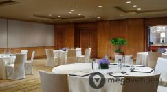 Boardroom-at-Regent-Singapore.jpg
