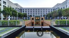Upper-Courtyard-at-Grand-Hyatt-Mumbai.jpg
