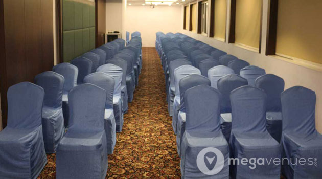 Classroom-Style-Conference-Hall-At-La-Woods-Hotel