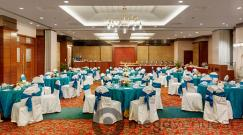 emerald-at-hotel-kohinoor-continental