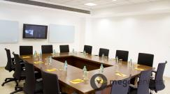 board-room-at-hotel-evoma