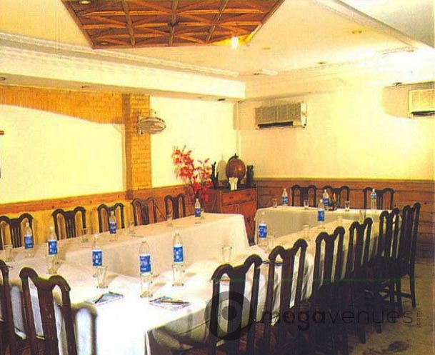 Meetings at Hotel Ashu Palace