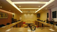 conference-room-at-lemon-tree-hotel