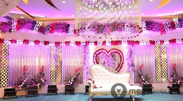 Banquet-Hall-at-The-Maiden-Crown-Banquets
