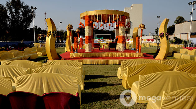 Wedding-Venue-at-Radhika-Party-Lawns
