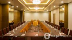 Board-Room-at-Club-29