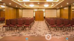 Conference-Room-at-Club-29