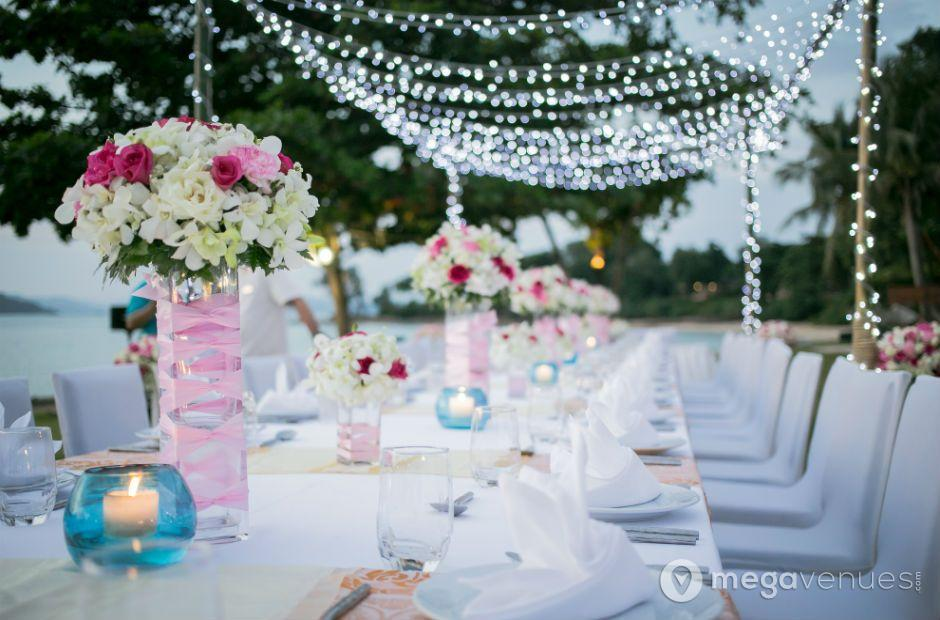 Wedding---Beach-Lawn_940x620