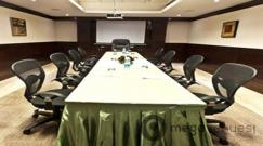 Meetings at Green View Palace