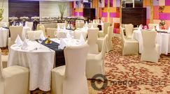 crystal-at-hotel-hindusthan-international