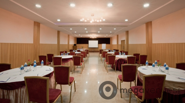 Raintree Banquet Hall in Bangalore at Hotel Trinity Isle