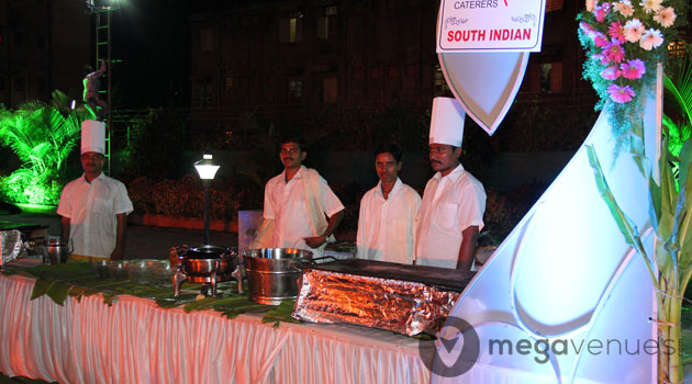 South-Indian-Food-BadamikarCaterers